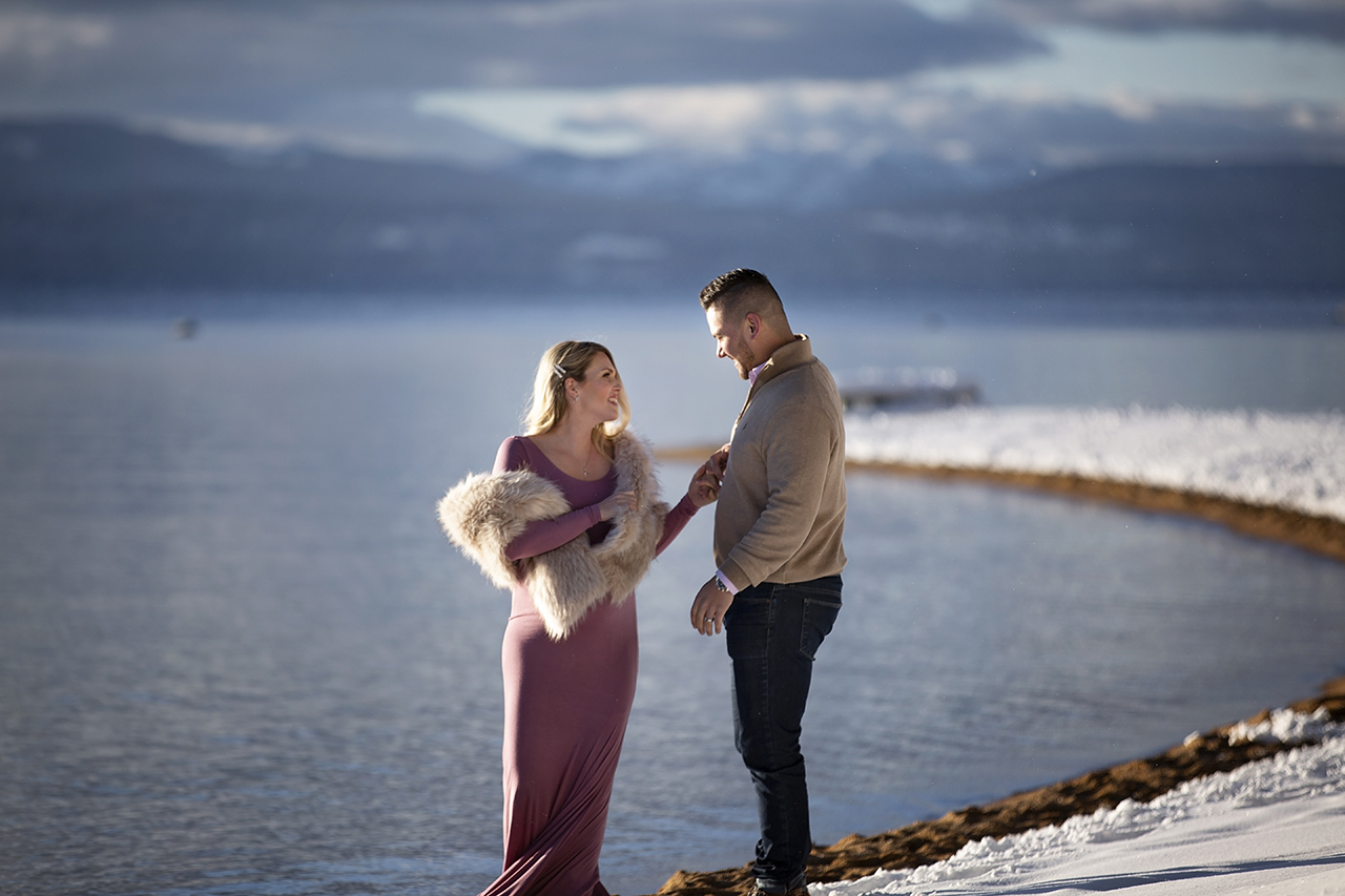 Zephyr cove lake tahoe maternity photos 7