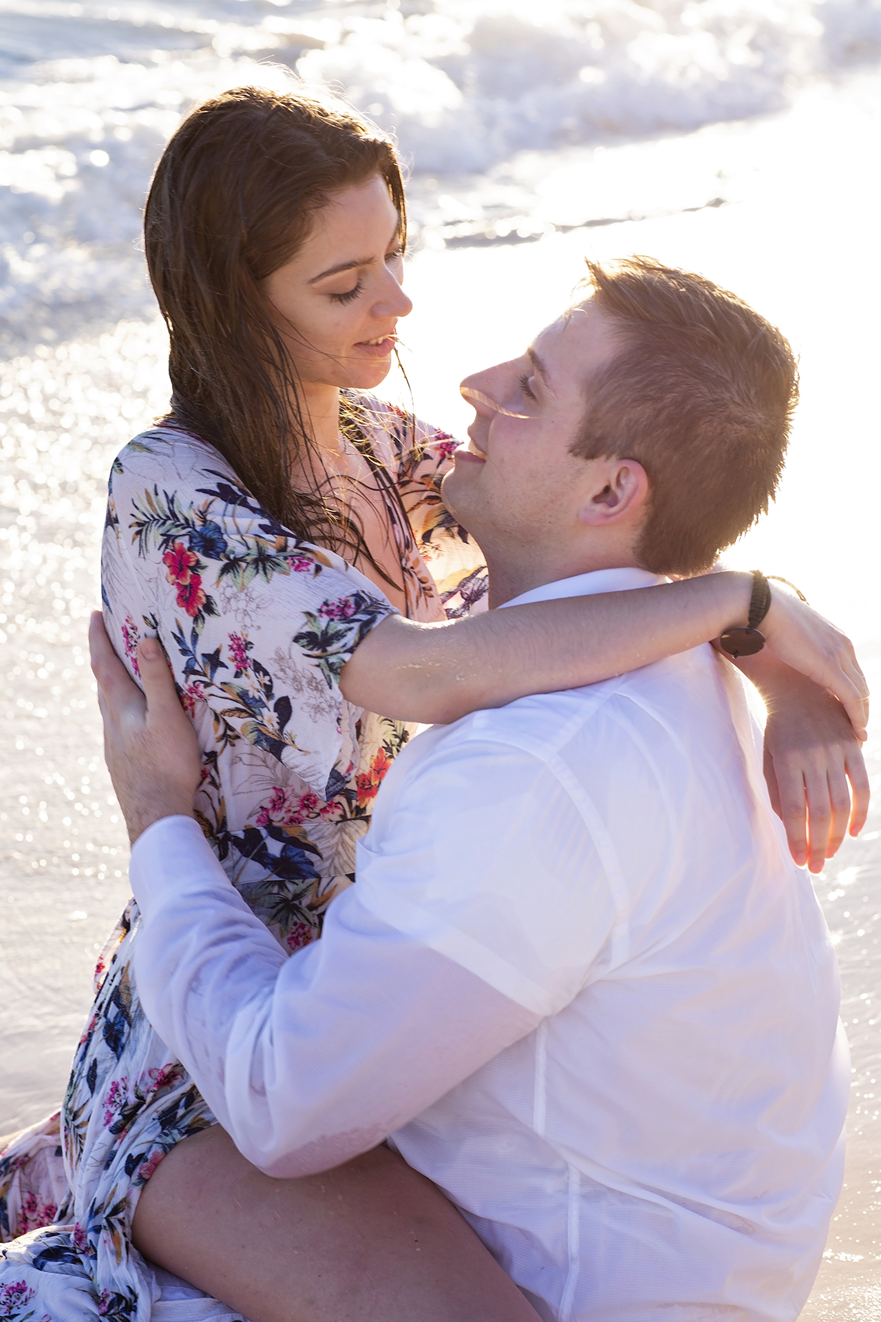 punta cana wedding photographer photoshoot on a beach with bride and groom 30