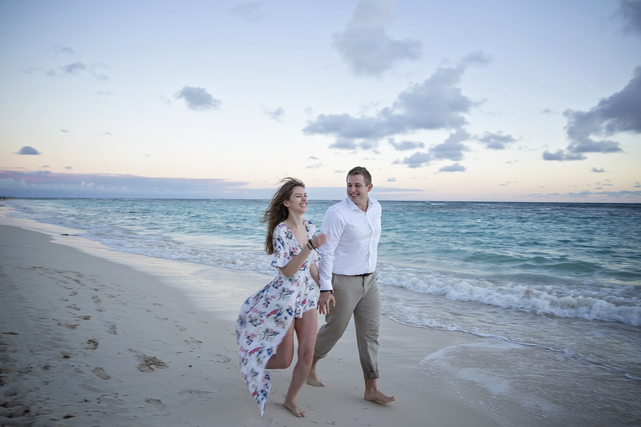 punta cana wedding photographer photoshoot on a beach with bride and groom 41