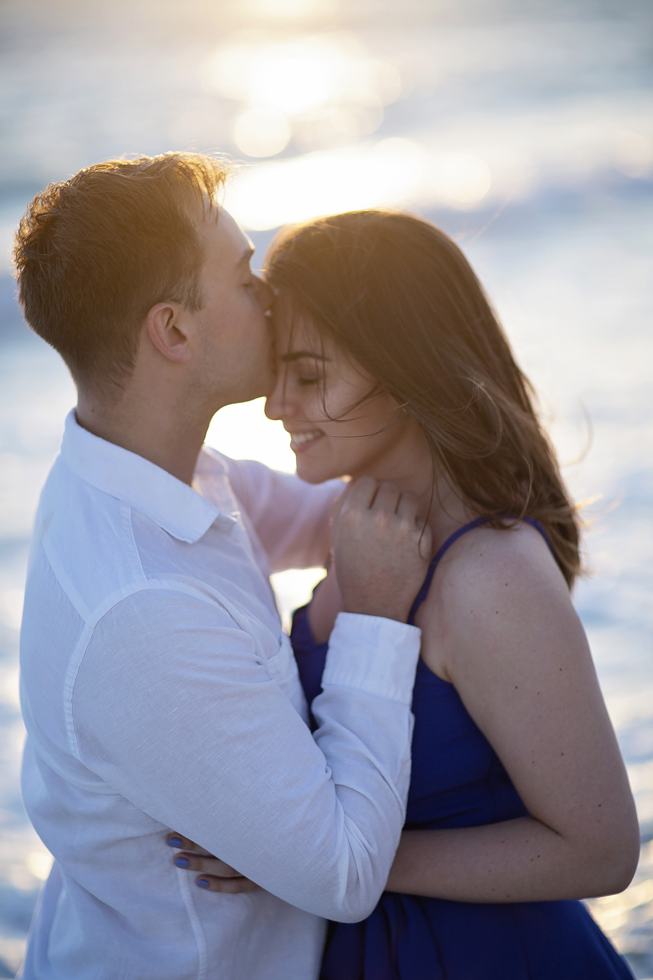 punta cana wedding photographer photoshoot on a beach with couple 21